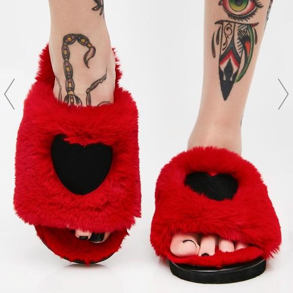 b25fb360b1cb Lazy Oaf Fur Heart Slippers ♥ 